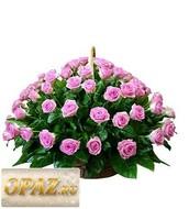 № A-1113 В основу корзины входит 101 роза.