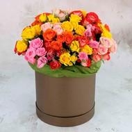 Ш-005Кустовая роза 25шт в шляпной коробке.