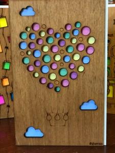 Деревянная открытка Воздушный шар сердце