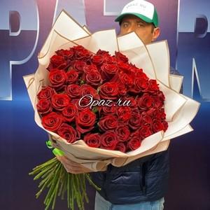 51 роза Эквадор Premium 70см № РО-64