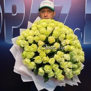101 роза Эквадор Premium 60см №РС-126 в оформлении.