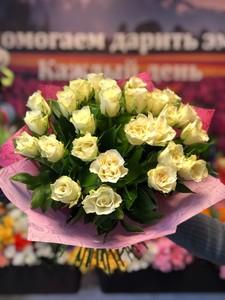 25 белых роз Кения 40см