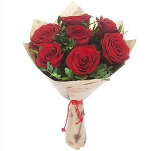В основе букета 5 роз Эквадор Premium