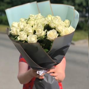 Букет 25 белых роз 50см  №077