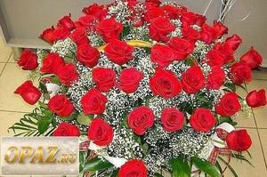 № A-1106 В основу корзины входит 85 роз.