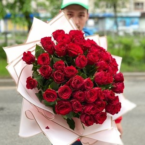 51 роза 50см Premium №РС-129 в оформлении.