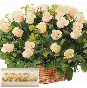 № A-1110 В основу корзины входит 65 роза.