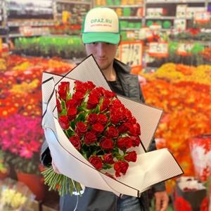 51 роза 40см Кения Standart  №РС-122 в оформлении.