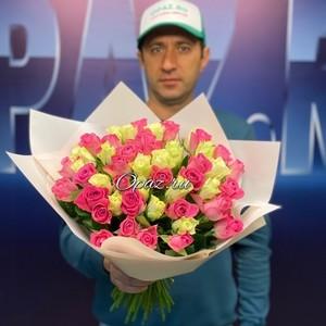 51 роза Premium 40см в оформлении. №РС-095