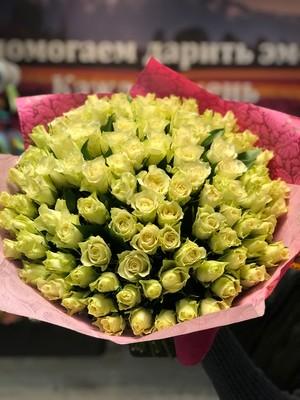 101 белая роза Кения 40см