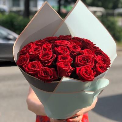 Букет 25 красных роз 50см  №075