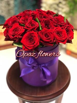 Шляпная коробка фиолетовая 25 роз