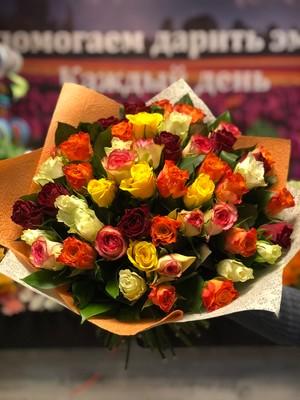 51 роза микс Кения 40 см