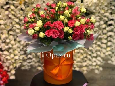 Шляпная коробка оранжевая 25 кустовых роз